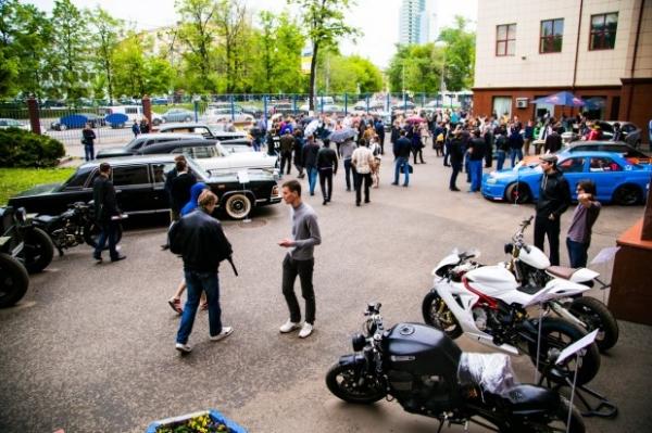 В МАМИ состоялась выставка эксклюзивной авто- и мототехники