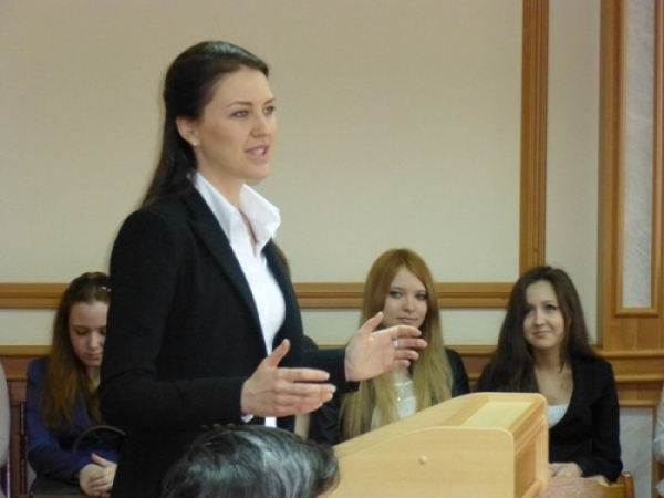 Депутат ГД Алена Аршинова о защите прав студентов